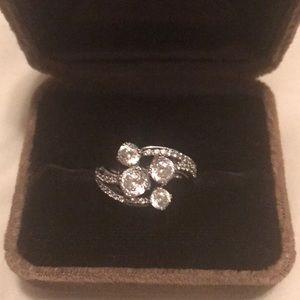 Jewelry - Beautiful ring tacori style